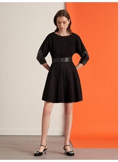 Nocturne Deri Kumaş Karışımlı Kloş Elbise Siyah